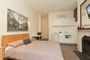 Executive Apartment at Sixty Two on Grey
